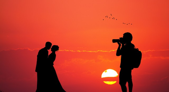 photographer wedding service at sunset