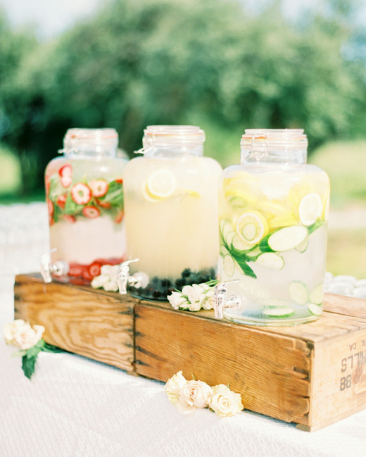 summer-wedding-ideas-ashley-ludaescher-photography-0518_vert