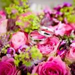 Obrączki w kwiatach