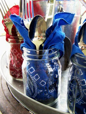 mason-jar-wedding-table-setting-silverware
